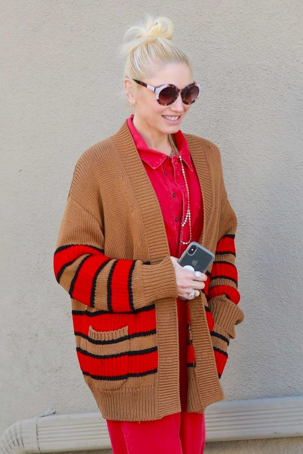 Gwen Stefani - Out and about in Los Angeles