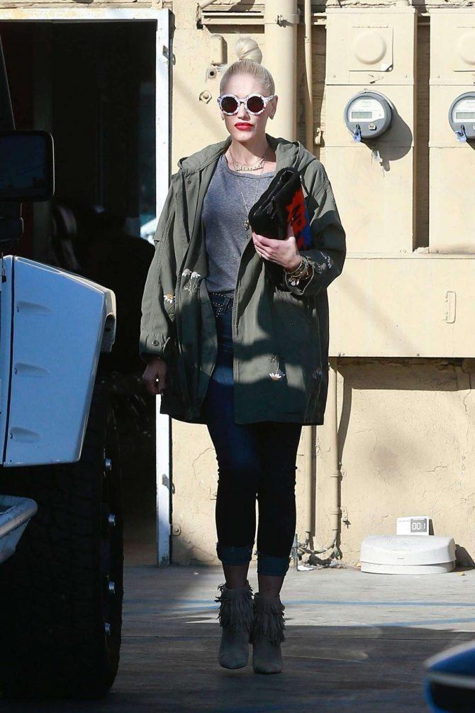 Gwen Stefani: Out in Los Angeles -02
