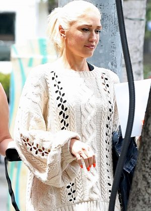 Gwen Stefani - Out in Westwood