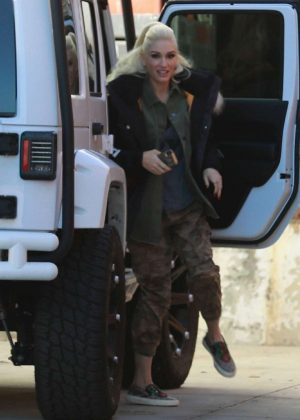 Gwen Stefani - Seen At A Studio In Los Angeles