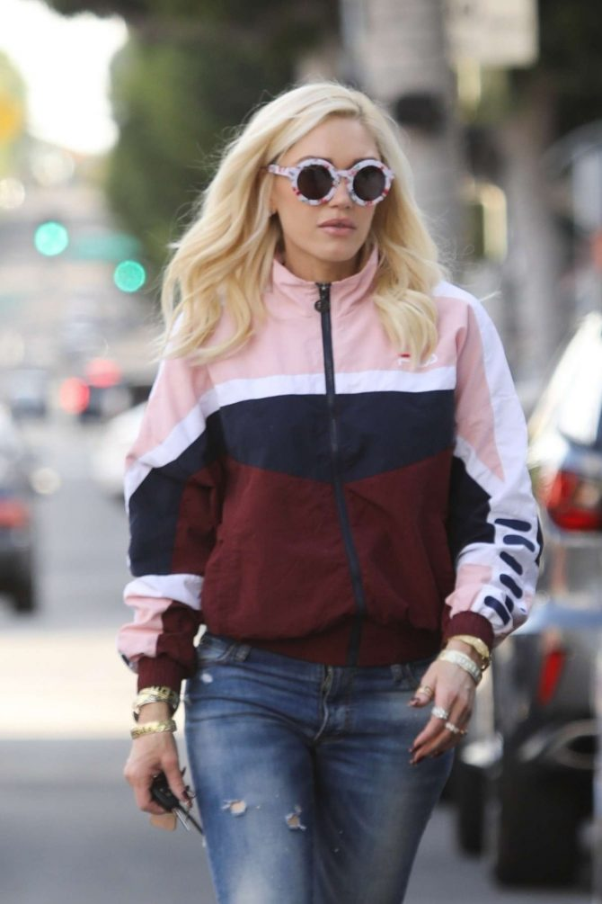 Gwen Stefani - Shopping in Beverly Hills