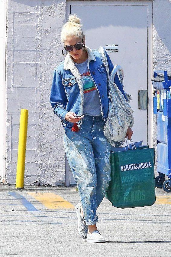 Gwen Stefani – Shopping in Los Angeles-05