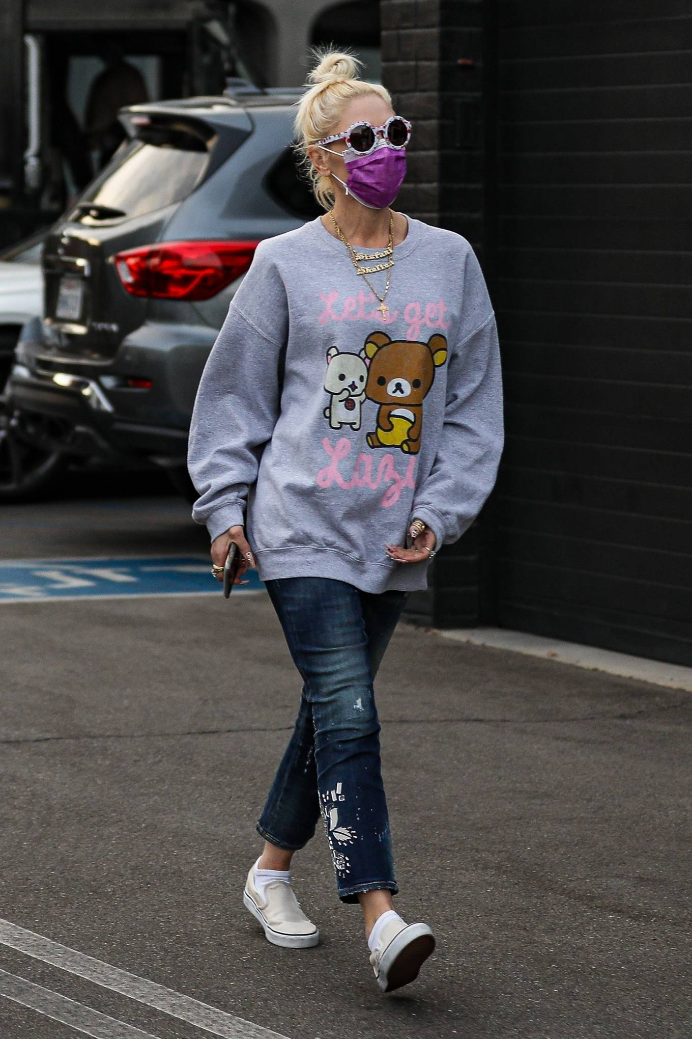 Gwen Stefani - Spotted outside XIV Karats in Beverly Hills