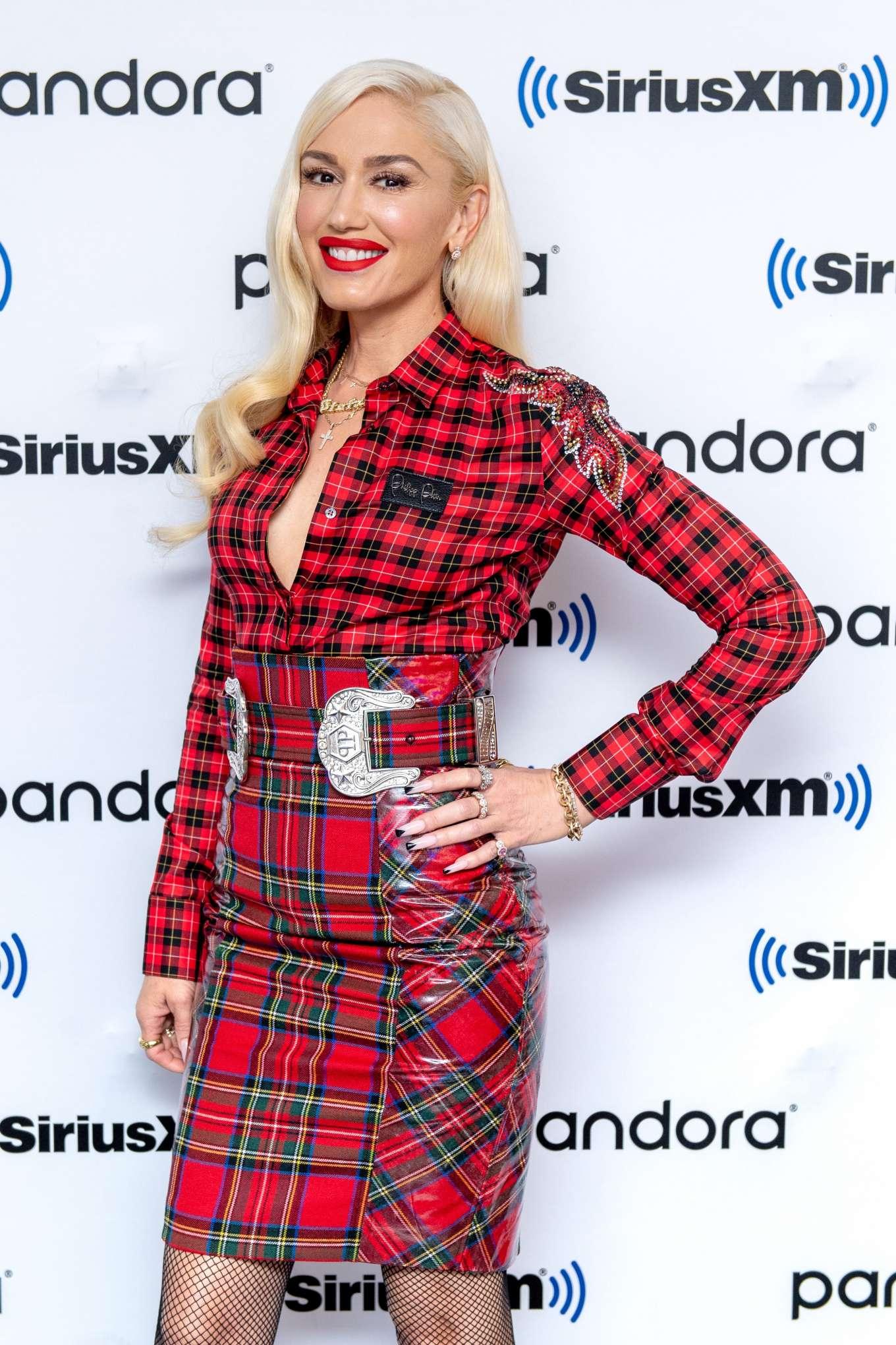 Gwen Stefani - Visits The SiriusXM Studios in New York City