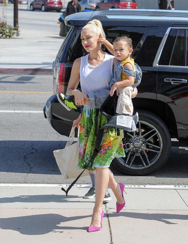 Gwen Stefani with children heading to church -13
