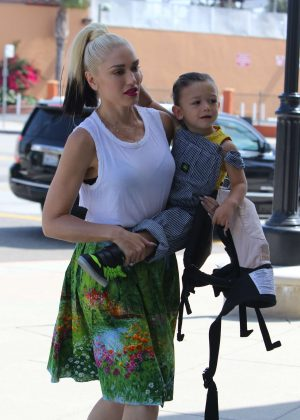 Gwen Stefani with children heading to church in Los Angeles