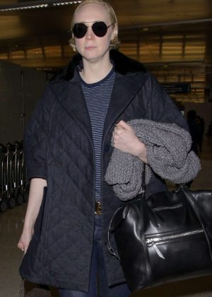 Gwendoline Christie - Arrives at LAX Airport in LA