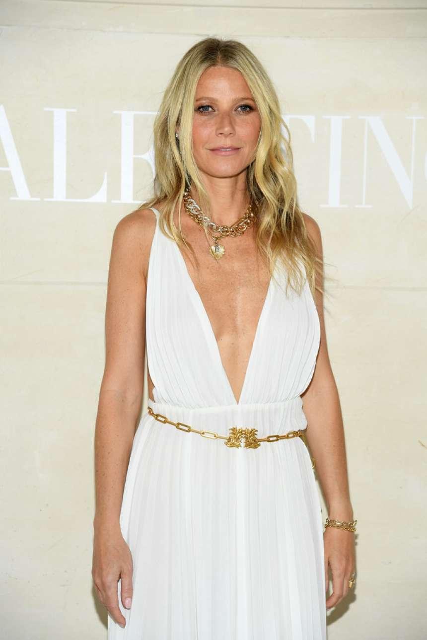 Gwyneth Paltrow - 2019 Paris Fashion Week - Valentino Haute Couture FW 2019-20