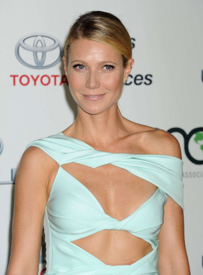 Gwyneth Paltrow - 2015 EMA Awards in Burbank