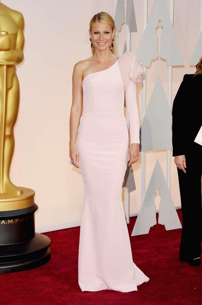 Gwyneth Paltrow: 2015 Oscars -06