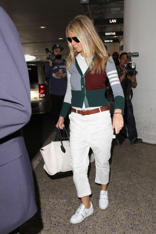 Gwyneth Paltrow Arriving at Los Angeles International Airport