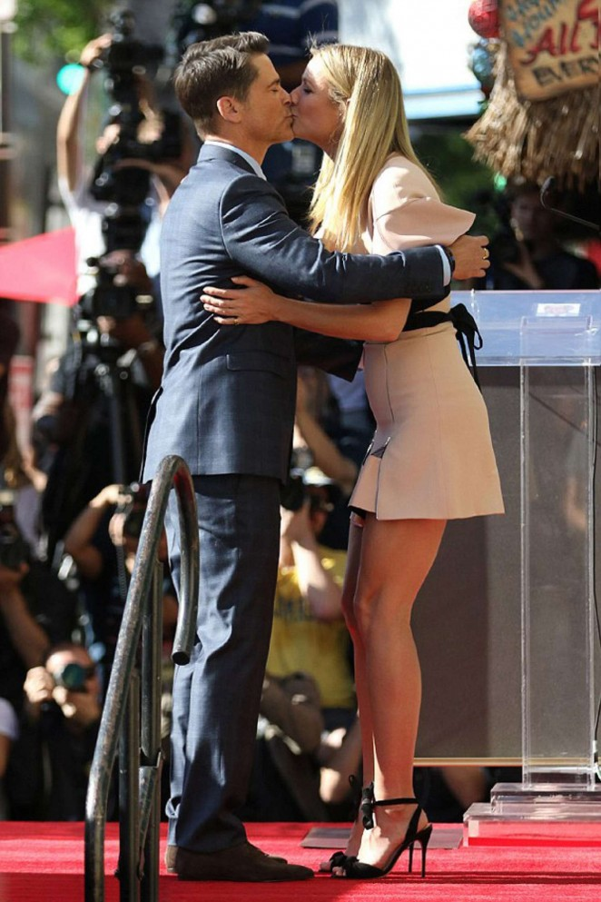 Gwyneth Paltrow at Rob Lowe's Star ceremony on Walk Of Fame