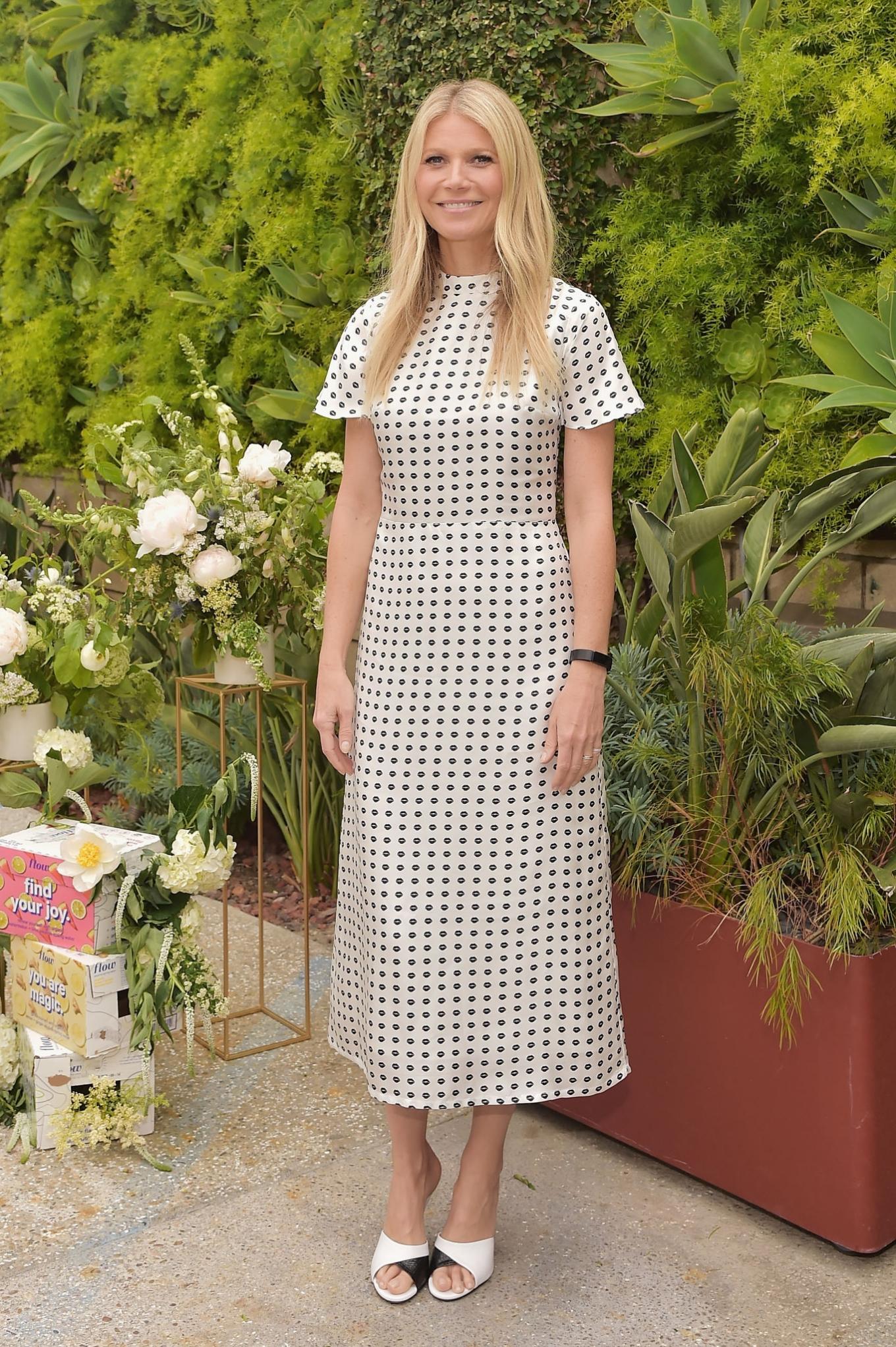 Gwyneth Paltrow - Goop Morning with Flow Alkaline Spring Water in California