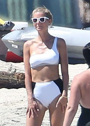 Gwyneth Paltrow in bikini on the beach in Cabo