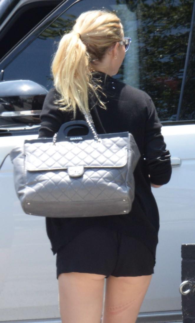 Gwyneth Paltrow in Shorts Leaving a restaurant in Venice