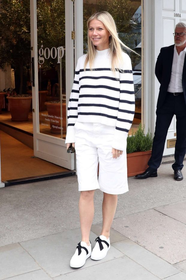 Gwyneth Paltrow: Leaving her GOOP store in London-02