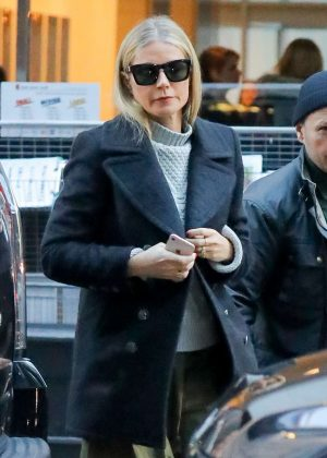 Gwyneth Paltrow - Leaving The Late Show with Stephen Colbert in NY