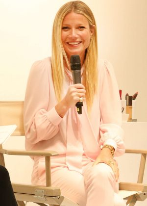 Gwyneth Paltrow - Makeup Line Juice Beauty Promotes in Toronto