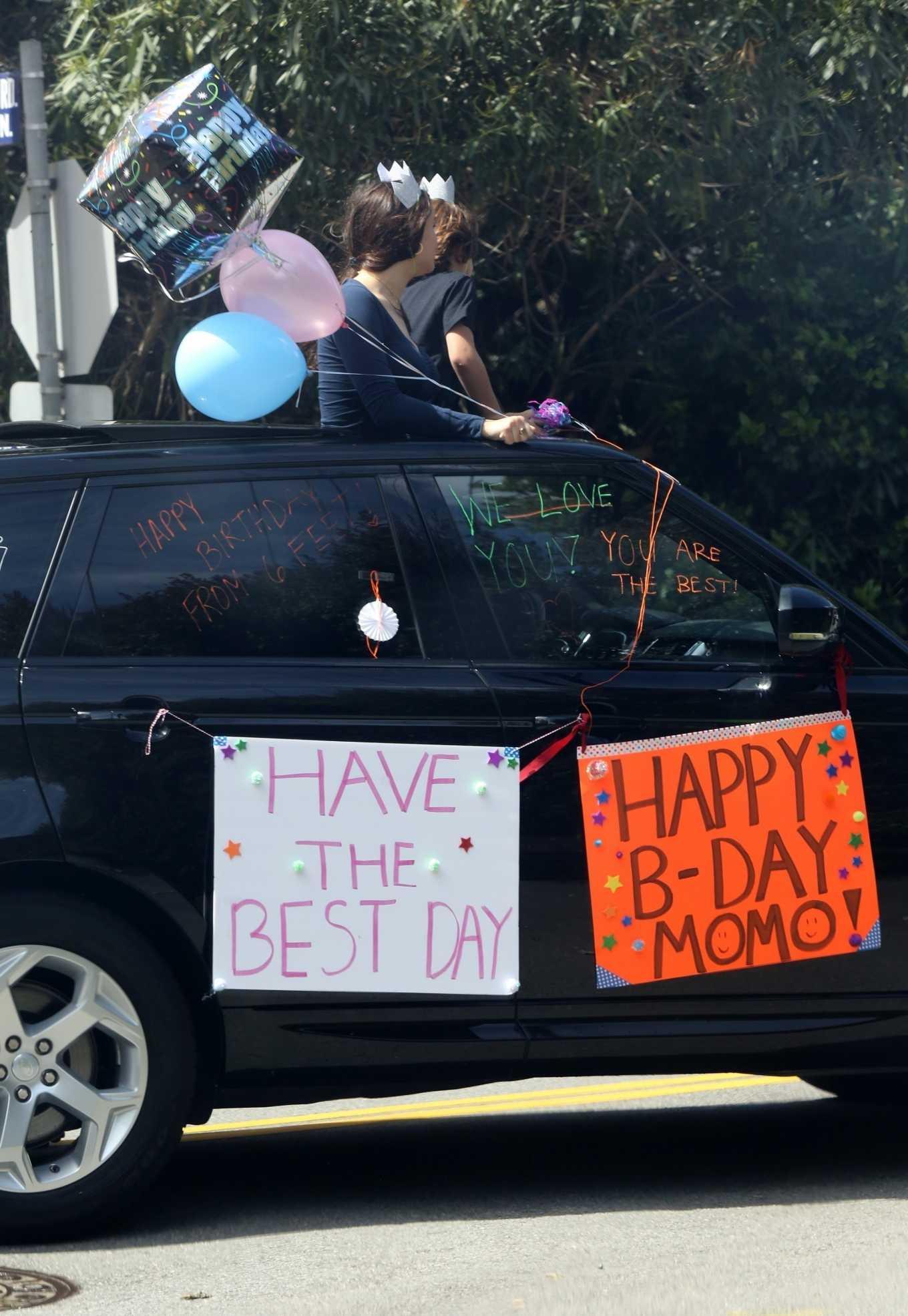 Gwyneth Paltrow Moses Birthday Party 03 Gotceleb