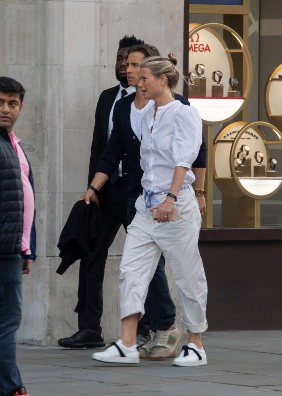 Gwyneth Paltrow – Out in London-17