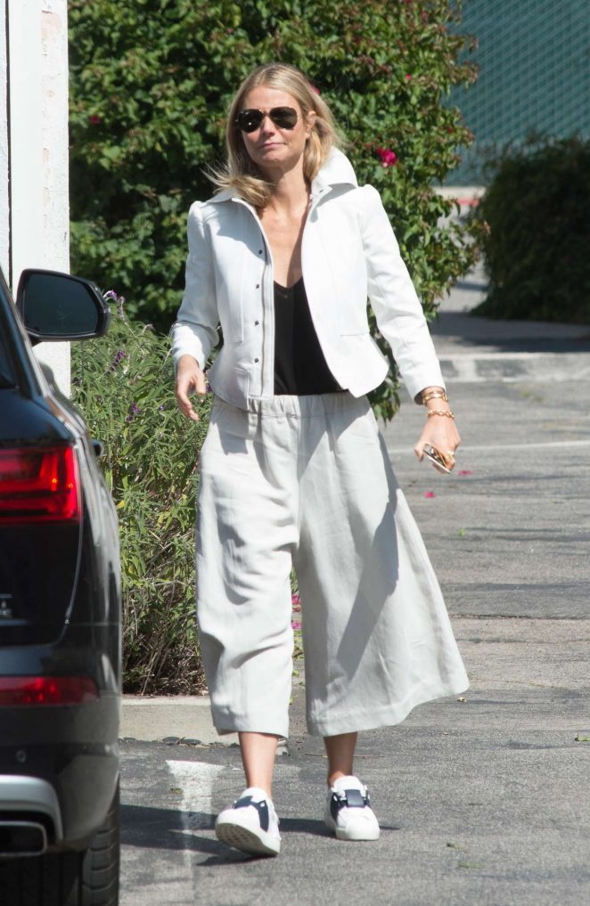 Gwyneth Paltrow Out in Los Angeles