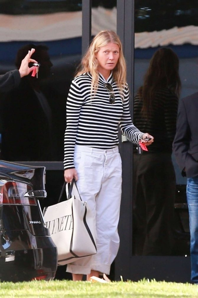 Gwyneth Paltrow returns to LA