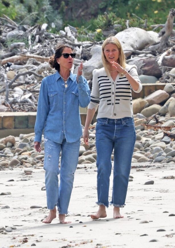 Gwyneth Paltrow - Spotted on her eco-friendly mega mansion in Montecito