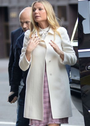 Gwyneth Paltrow - Visiting CBS This Morning in Manhattan
