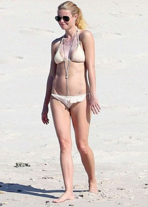 Gwyneth Paltrow in Bikini on the Beach in Mexico