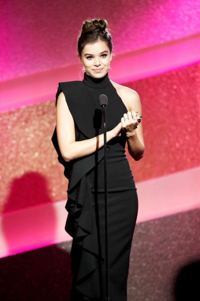 Hailee Steinfeld - 1st Annual Marie Claire Young Women's Honors in Marina Del Rey