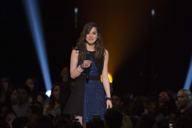 Hailee Steinfeld - 2015 Radio Disney Music Awards in LA
