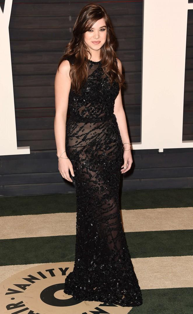 Hailee Steinfeld - 2016 Vanity Fair Oscar Party in Beverly Hills