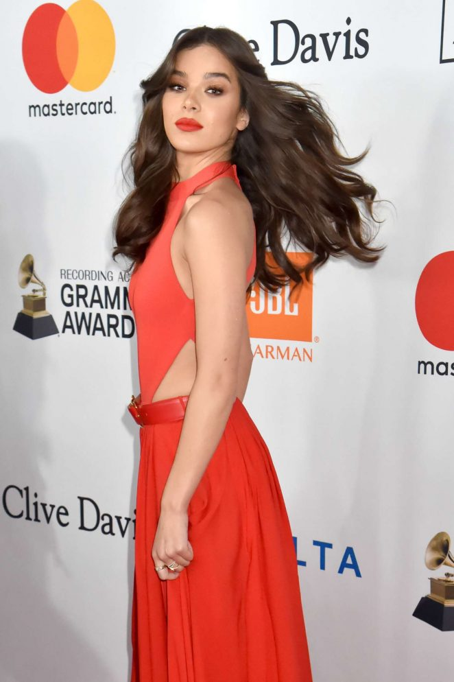 Images Hailee Steinfeld >> Hailee Steinfeld: 2018 Pre-Grammy Gala and Salute to Industry Icons with Clive Davis -07 - GotCeleb