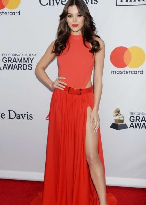 Hailee Steinfeld - 2018 Pre-Grammy Gala and Salute to Industry Icons with Clive Davis in NY