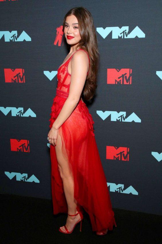 Hailee Steinfeld - 2019 MTV Video Music Awards