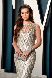 Hailee Steinfeld - 2020 Vanity Fair Oscar Party in Beverly Hills