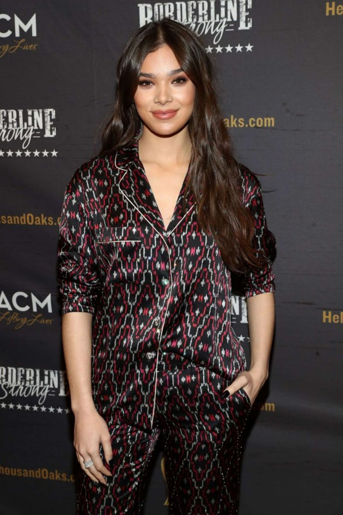 Hailee Steinfeld – ACM Lifting Lives Presents: Borderline Strong Concert in Thousand Oaks