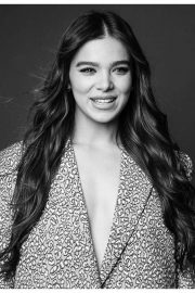 Hailee Steinfeld - AM 2 DM BuzzFeed News Photoshoot (November 2019)
