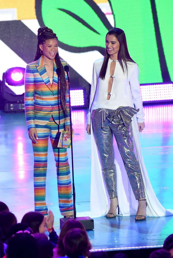 Hailee Steinfeld and Storm Reid – 2018 Nickelodeon Kids' Choice Awards in Los Angeles