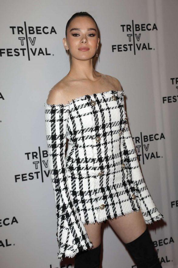Hailee Steinfeld - 'Dickinson' Screening in NYC