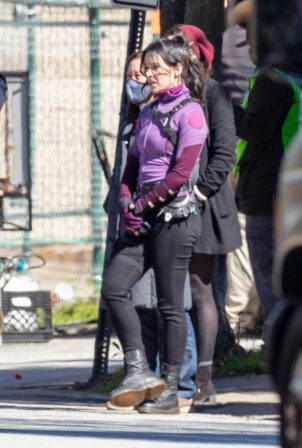Hailee Steinfeld - Filming 'Hawkeye' set in Atlanta