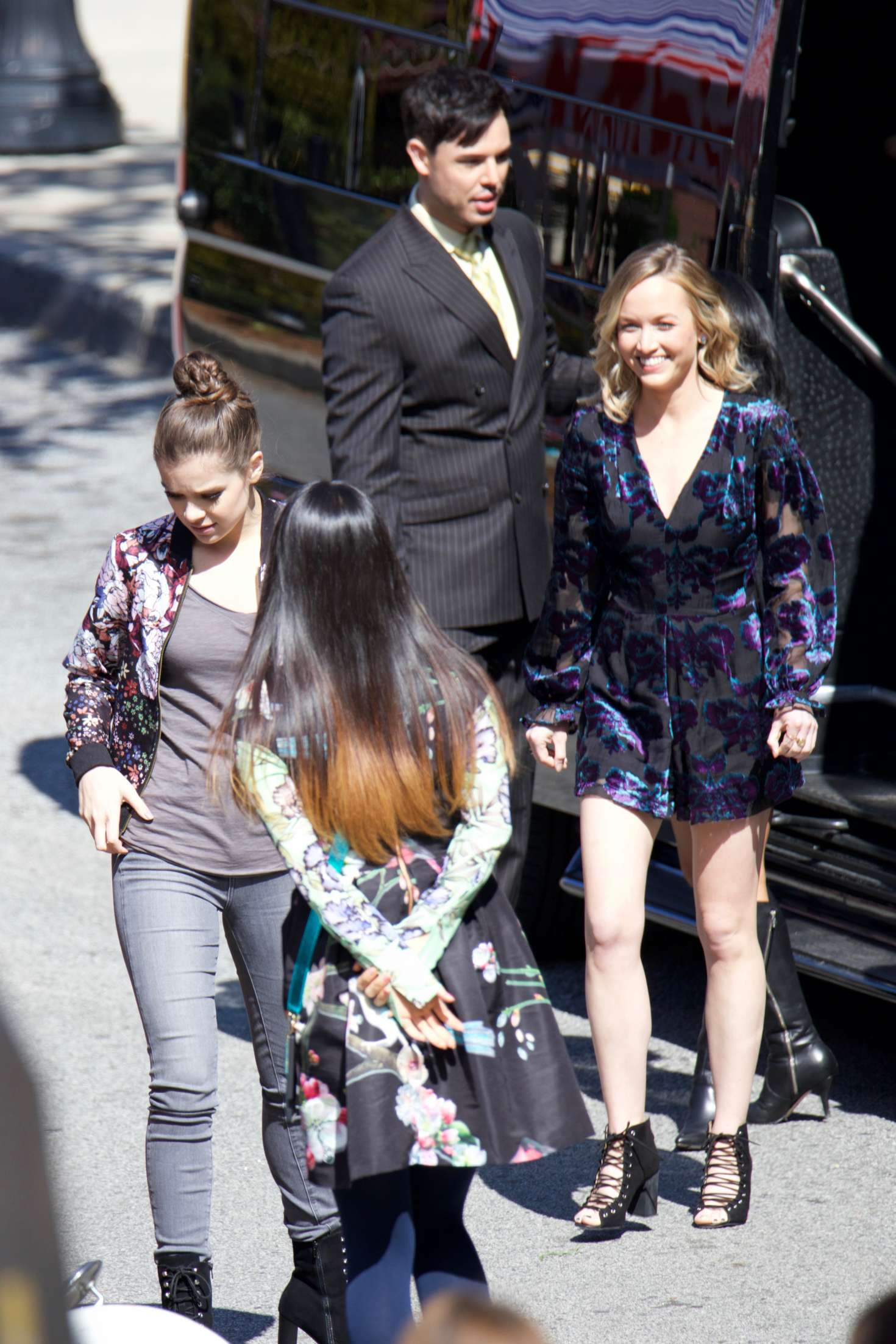 Communication on this topic: Dakota blue richards sexy, hailee-steinfeld-filming-pitch-perfect/