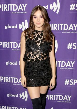 Hailee Steinfeld - Justin Tranter and GLAAD Present 'Believer' Spirit Day Concert in LA
