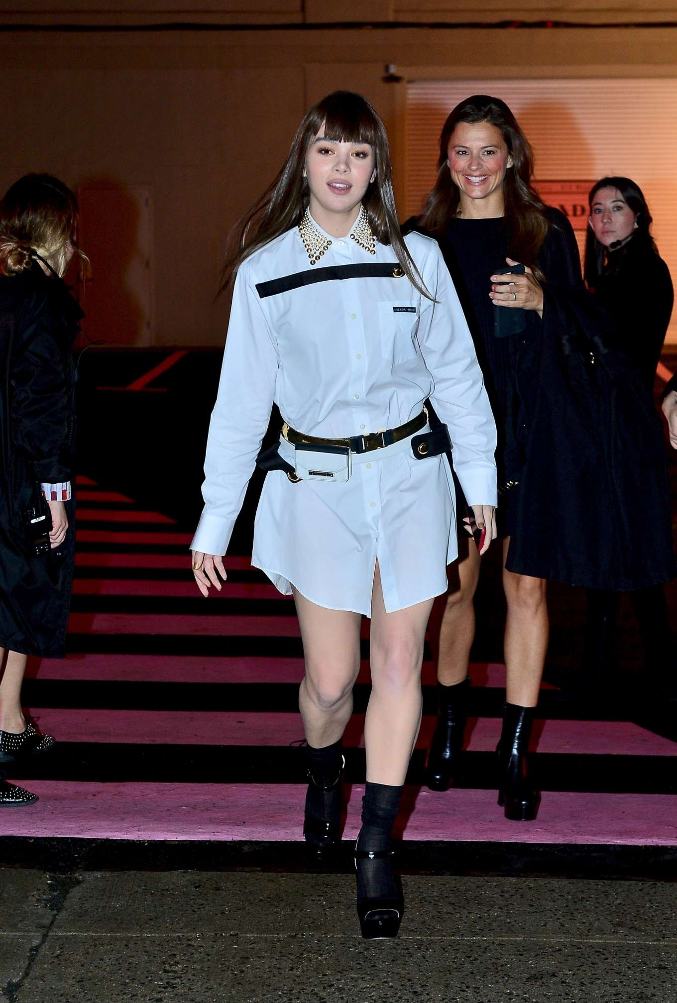 Hailee Steinfeld 2019 : Hailee Steinfeld: leaving the Prada Resort 2020 Collection show in NYC-02