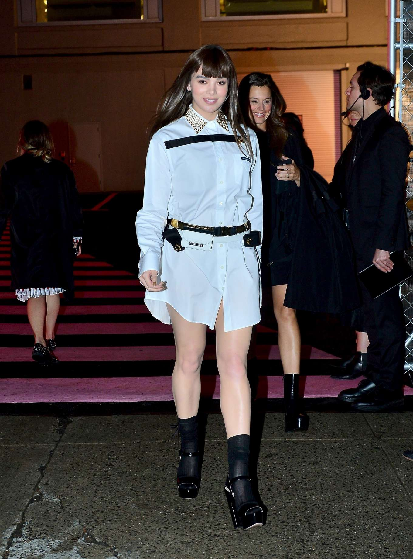 Hailee Steinfeld 2019 : Hailee Steinfeld: leaving the Prada Resort 2020 Collection show in NYC-04
