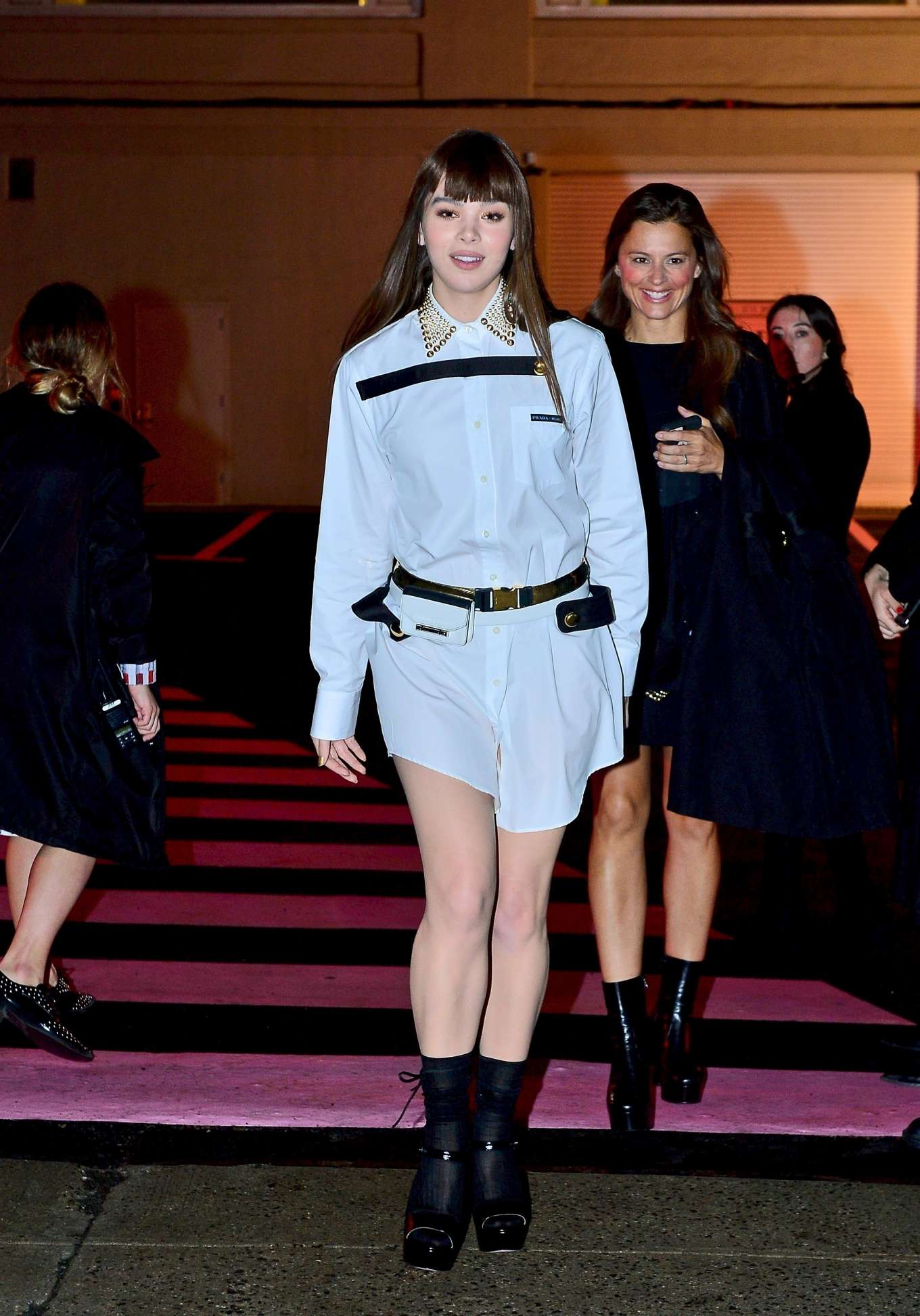 Hailee Steinfeld 2019 : Hailee Steinfeld: leaving the Prada Resort 2020 Collection show in NYC-07