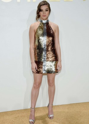 Hailee Steinfeld - New Gold Collection Fragrance Launch in NYC