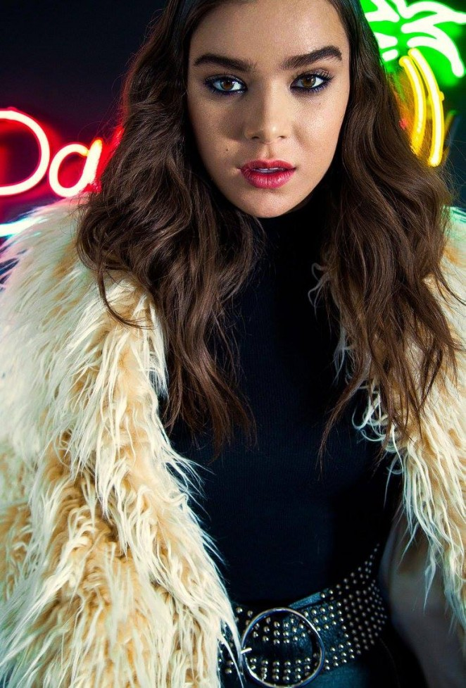 Hailee Steinfeld - Nylon Magazine (October 2015)