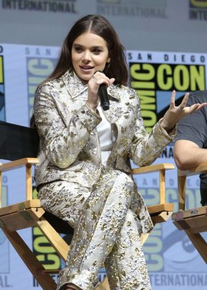 Hailee Steinfeld - 'Spider-Man Into the Spider-Verse' Panel at 2018 Comic-Con in San Diego