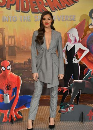 Hailee Steinfeld - 'Spider-Man: into the Spiderverse' Photocall in Los Angeles